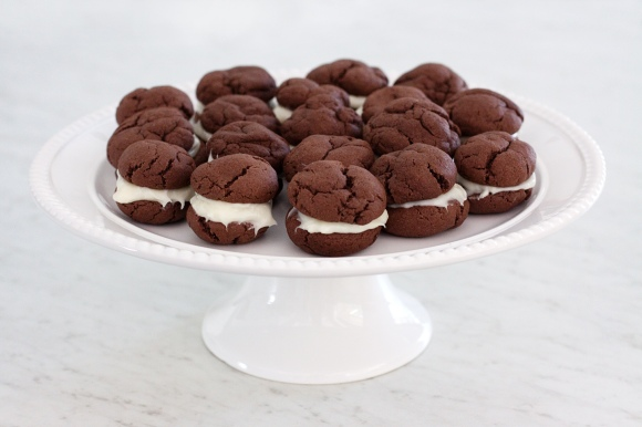 """homemade oreo cookies"""
